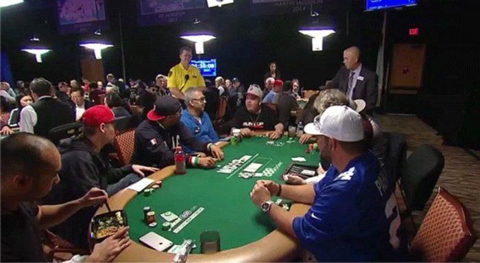 Cara Membuat Lawan Down Dalam Bermain Poker Uang Asli